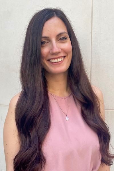 Amanda - Receptionist at Hiro Miyoshi